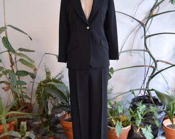 Gorgeous Marella Black Two-Piece Suit, size Small