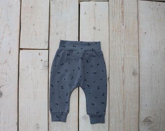Baby Pants & Accessories Grey/triangle