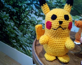 Plush pikachu (Pokémon)