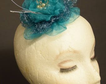 Fascinator Turcquoise color, handmade in Belgium