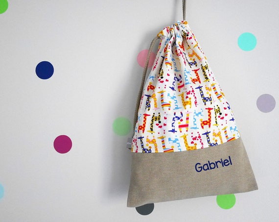 Customizable drawstring pouch - kids - lunch bag - kindergarden - giraffes - rainbow - school - personalised - security blanket - toys