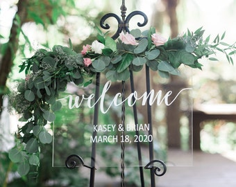 Clear Welcome Sign for Wedding Sign Personalized Painted for Wedding Display, Modern Wedding Decoration Sign Clear Acrylic (Item - WEC640)