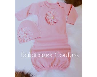 Newborn Take Home Outfit, Pink Baby Gown & Beanie Set, Pink Coming Home Outfit, Pink Baby Outfit, Pink Layette Gown, Newborn Photo Outfit