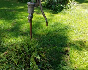 Vintage Water Well Pump Cistern Pump Gray Chippy Well Pump Farmhouse Garden Décor PUMP ONLY