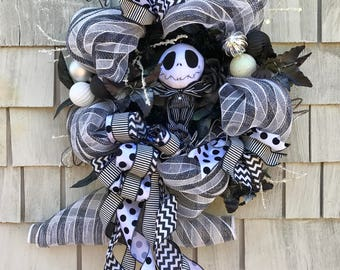 Nightmare Before Christmas Wreath, Jack Skellington Wreath, Black and White Stripes, Skeleton Wreath