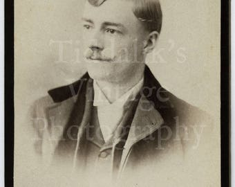 CDV Carte de Visite Photo - Victorian Young Mustached Dapper Handsome Man Portrait - Scannell of London - Antique Photograph