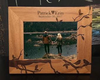 Personalized Frame, lovebirds Frame, Picture Frame, engraved frame, Wedding Picture Frame, Photo Frame, Bridal Shower Gift, Wedding Frame
