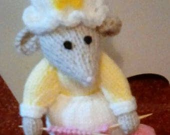 Christy the knitting mouse