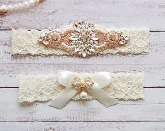 Wedding Garter, NO Slip Lace Wedding Garter Set, bridal garter set, pearl and rhinestone garter set, vintage rhinestones Style A2032
