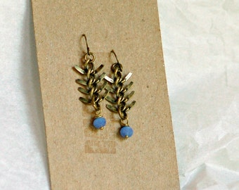 Fish Tail, Fish Bone, Herringbone, Antiqued Bronze Gold Metal Chain with Periwinkle Blue Faceted Glass Drop Earrings