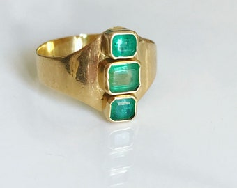 Midcentury Gold and Emerald Ring