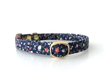 Navy Floral Breakaway Cat Collar