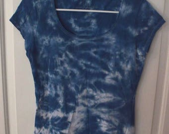 Blue tie dye short sleeve womens tee