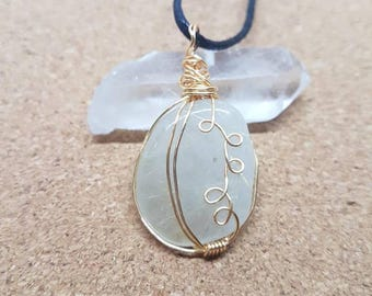 Wire Wrapped Crystal Necklace - Quartz Necklace  - Healing Gemstone Pendant - Holistic Jewelry