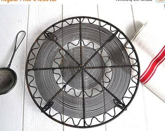 25% SALE Vintage French Round Metal Wire Cake Cooling Rack Stand Rustic Country Kitchen
