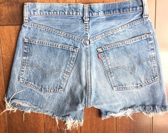 Vtg Levis 505 0217 jean shorts womens vintage denim levi's red tab cutoffs trayed size 30 festival sale high waisted classic blue wash 80s