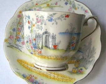 Royal Albert England Vintage Hand Painted Bone China Tea Cup & Saucer - Rosedale Pattern