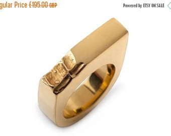 ON SALE Gold ring with bite detail - Minimalist gold ring - Statement ring - Geometric gold ring