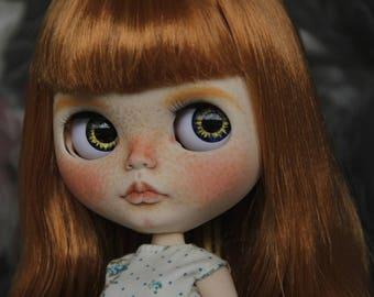 Ooak Blythe doll – freckles