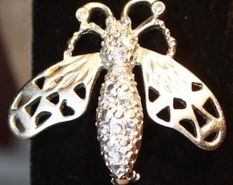 Rhinestone Bug Brooch, Wasp, Bee , Clear Sparkling Silver tone, Vintage  jewelry