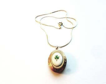 Vintage Gold Necklace with Clover Locket Pendant