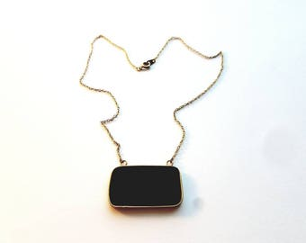 Vintage Gold Necklace and Attached Green Stone Pendant