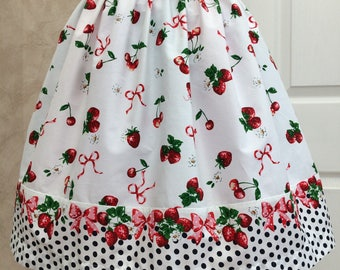 Strawberry Gateau Skirt with border 22-26 inch waist