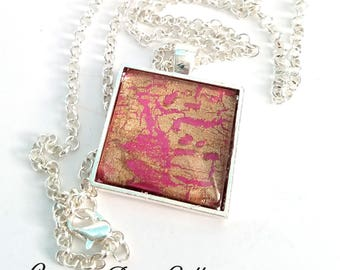 Handmade Square Silver-tone Glass Necklace with Pink & Gold Design