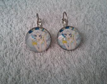 Sailor moon earring