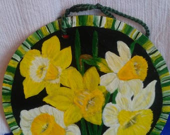 Daffodils on Welsh Slate Hand painted Wall hanging plaque.