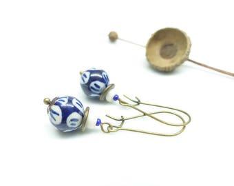 ¤ ~ Methylene ~ ¤ Retro blue and white porcelain earrings
