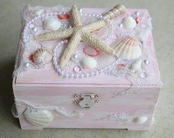 Pink Shell Box Shell Jewelry Box Treasure Box Trinket Box Sea Treasure Box Mermaid Treasure Box Starfish Box Beach Jewelry Box Coastal