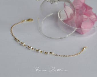 Wedding bracelet gold, pearls and crystals - bridal bracelet, wedding jewelry, pearly bracelet, crystal jewelry