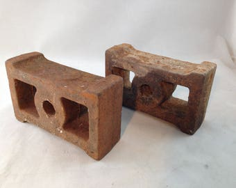 Vintage Decorative Cast Iron 5 by 3 by 1 3/4 Inch Spacer Blocks/Brackets        01523