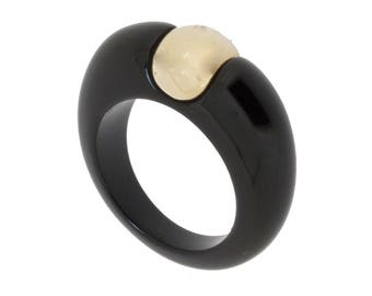 Black resin ring and gold