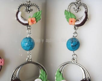 Large American coconut/tiara earrings