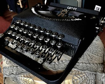 1939 Remington Cadet Typewriter, Stunning