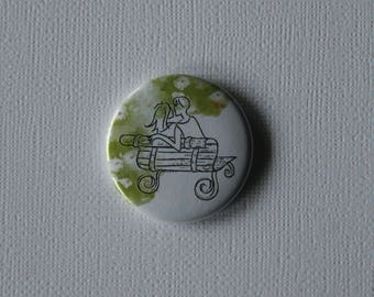 Lovers on a bench Paris - flat Badge or PIN or magnet
