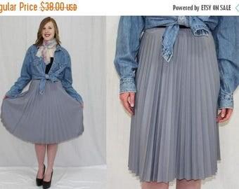 4th of July Sale Vintage 70s Gray Polyester Accordian PLEATED Retro Boho SECRETARY Midi Skirt M L