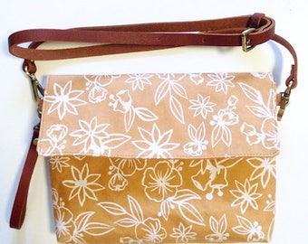 Tan and White Washable Paper Handbag/Clutch