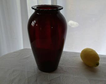 Anchor Hocking 9 Inch Vintage Royal Ruby Red HOOVER E 53 Glass Vase Mid Century Decor