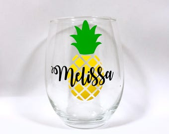 Personalized Pineapple Wine Glass, Pineapple Wine Glass, Pineapple Lover, Pineapple Gift, Pineapple Obsessed, Valentine's Day Gift