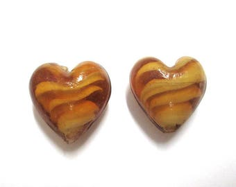 2 beads 18mm caramel colored glass heart