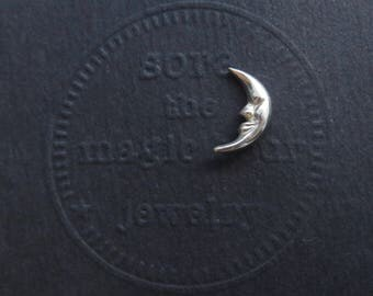Crescent Moon tie tack brooch pin, Moon Tie Tack, small moon pin, little moon Tiepin, silver Tiepin