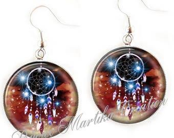 Cabochon silver dreamcatcher earring