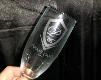 customized etched wine glass