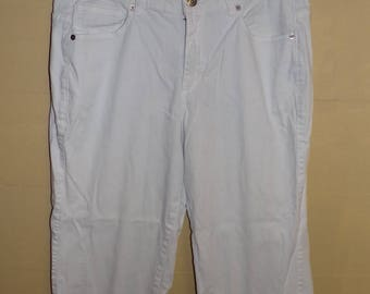 Vintage Womens White Lee Riveted Ultimate 5 Denim Short Pants Size 12M