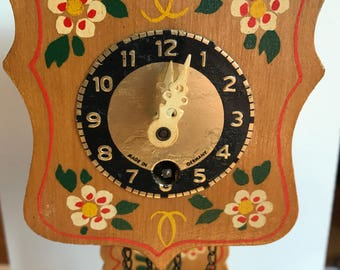Wooden wind up clock