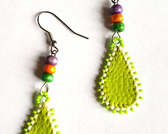 Green and silver earrings, surgical steel