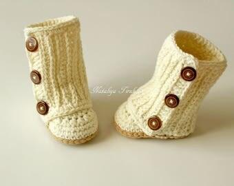Crochet Baby Uggs/Wraparound Boots/Baby Winter Boots/Crochet Baby Booties/Crochet Baby Girl/Baby Gift/Baby Shower/Trendy Baby/Baby Wrap Boot